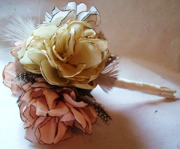 Unique Diy Bridal Bouquets : Creative wedding bouquets and diy ribbon bouquet quot behind